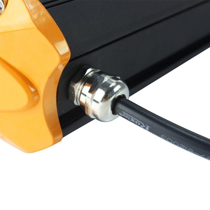 Formuler-B-LED-tunnel-light-screw-detail-1
