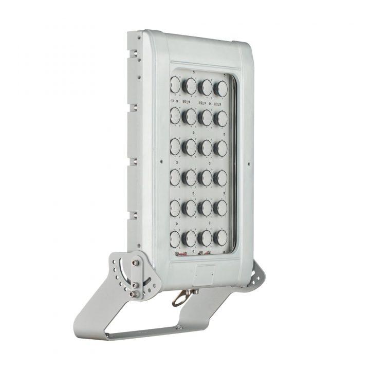 spartan-flood-hpfl25k-high-power-floodlight-industrial-25-000-lumens-p54-1623_image